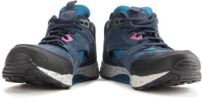 Reebok VENTILATOR MID BOOT Men Sneakers