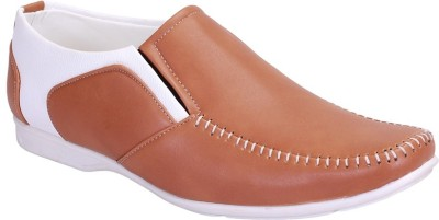 Footoes Casuals