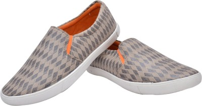 Adeboy Canvas Shoes