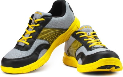 Nivia Hike Running Shoes