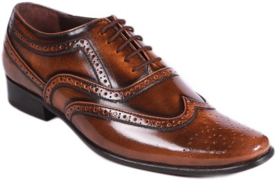 Balujas Lace Up