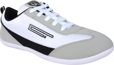 Histeria Star White & Black Casual Shoes