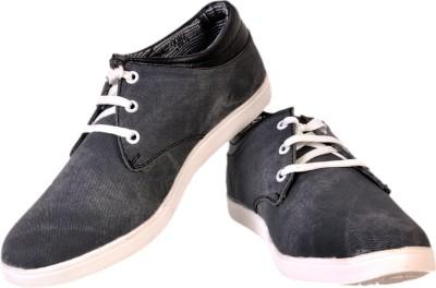Walk Free Amazing Black Casual Shoes