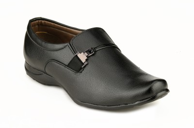 Mactree Hackner Slip On Shoes