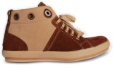 Cozy Sneakers (White, Brown)