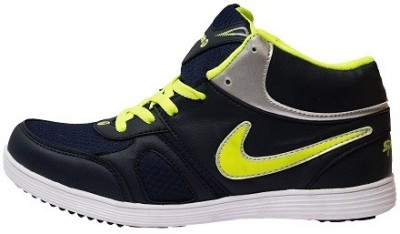 SPORTS 11 Casuals