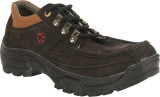 Pureits Leathers Outdoors Shoes (Black)