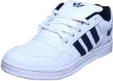 Triqer Sport Walking Shoes (White)