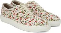 Carlton London Miss CL Canvas Shoes best price on Flipkart @ Rs. 897