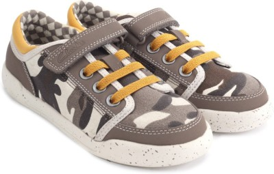 Clarks Kintor Go Inf Brown Multi Casual Shoes