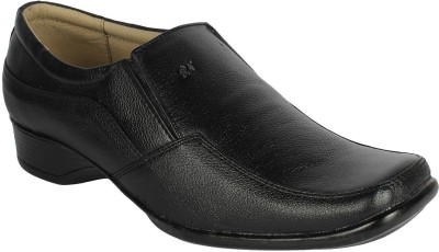 Momentum Milled Slip On Shoes