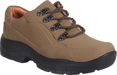 Action Shoes Outdoors