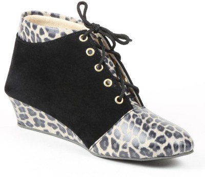 Babes Women jungle print Ankle Boots