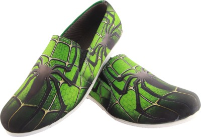 Zapatoz Zapatoz Green Spider Loafers