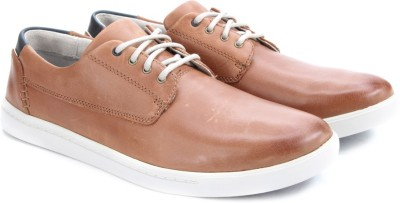 Clarks Newood Fly Tan Leather Sneakers