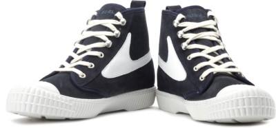 Diesel Draags94 Men Sneakers(White, Navy)