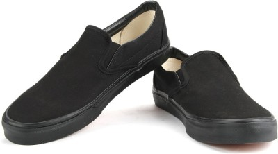 VANS Men Loafers(Black) at flipkart