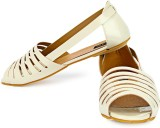 Cute Feet Women Beige Flats