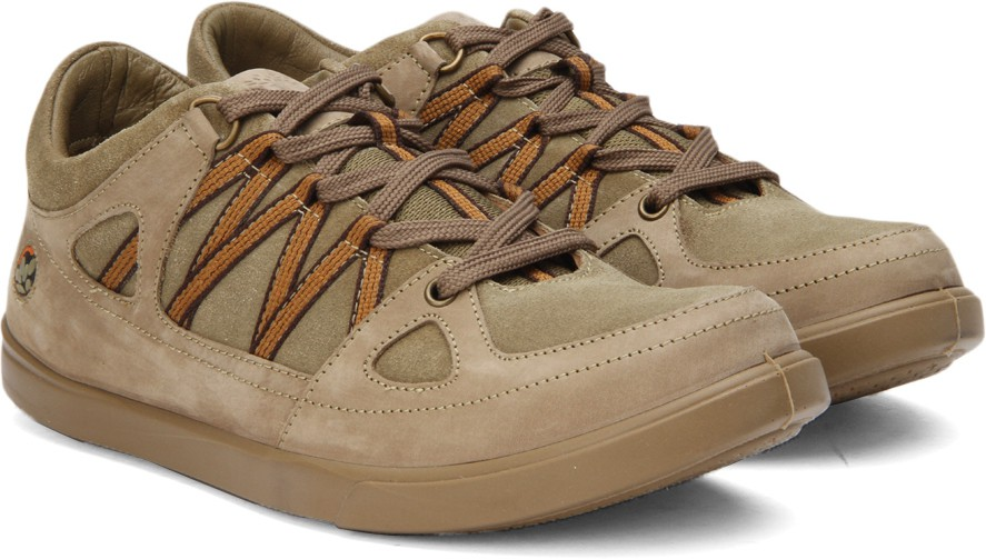 Flipkart - Men's Footwear Woodland, Bata...
