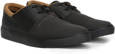 Ruosh Sneaker at flipkart