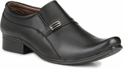 Mactree Derek Slip On Shoes