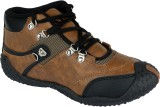 Clymb Outdoors (Brown)