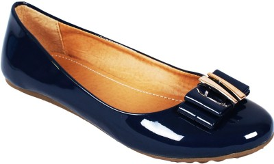 Vilax Shining patent Ballerinas With Buckle Embellishment Bellies