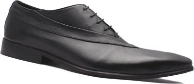 Kuts n Crvs Lace Up Shoe