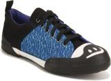 Yepme Casuals (Blue, Black)