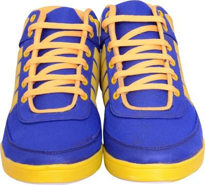 Fabrico Via Canvas Shoes