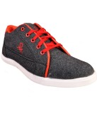 Walk Free Composed Black Canvas Shoes