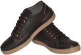 Strive Trendy Sneakers (Brown)