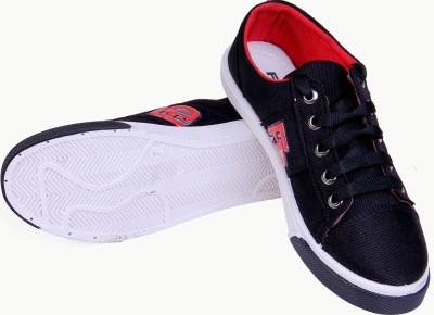 Fluid Black Canvas Casuals Shoes