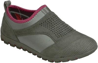 BellaToes Outdoor Shoes
