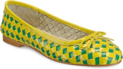 Hats Off Accessories Yello and Green Woven Leather Ballerinas Bellies