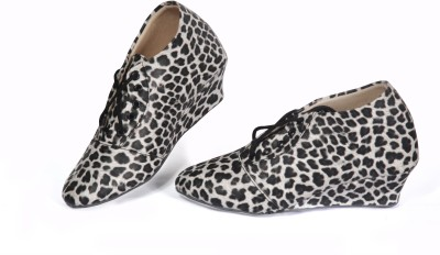 2Dost Casual Shoes