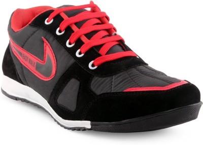 Kzaara Sneakers