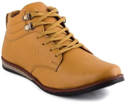 Desi Saga Boots