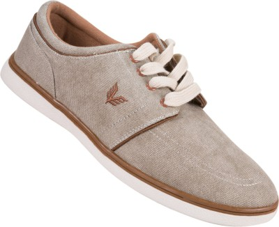 Vestire Casual Shoes