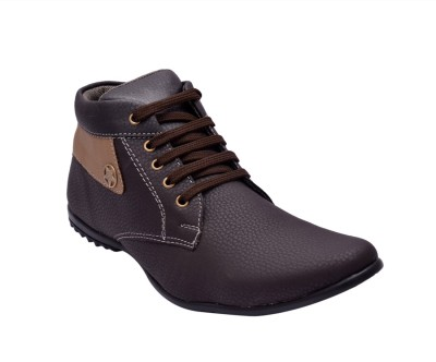 Prolific Boots, Sneakers(Brown, Tan)