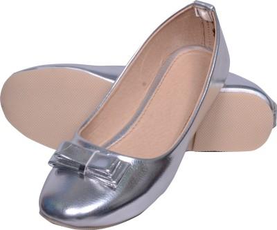 Skor Footwear A4 Silver Bellies