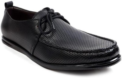 Chris Brown Boat Shoes
