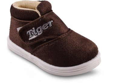 Amvi Tiger Brown Casual Shoes