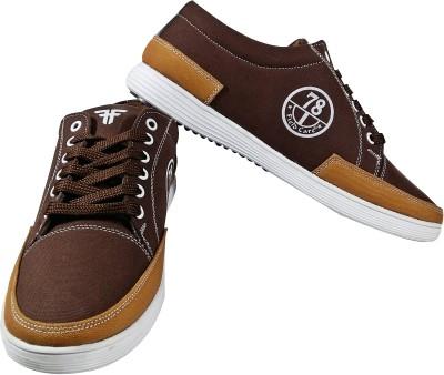 Field Care Sneakers