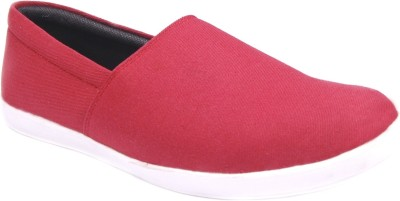 Lyvi Loafers