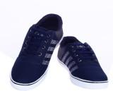 2Dost Canvas Shoes (Multicolor)