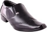 Canadian Icon Slip On Shoes (Black)