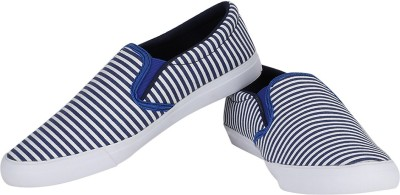 La Plush Basic Casual Shoes