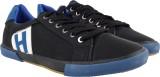 Maxus Canvas Shoes (Black, Blue)