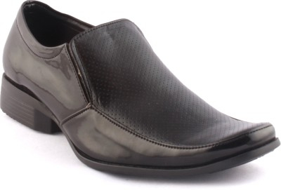 Zapatoz Black Perforated Patent Slip On Shoes